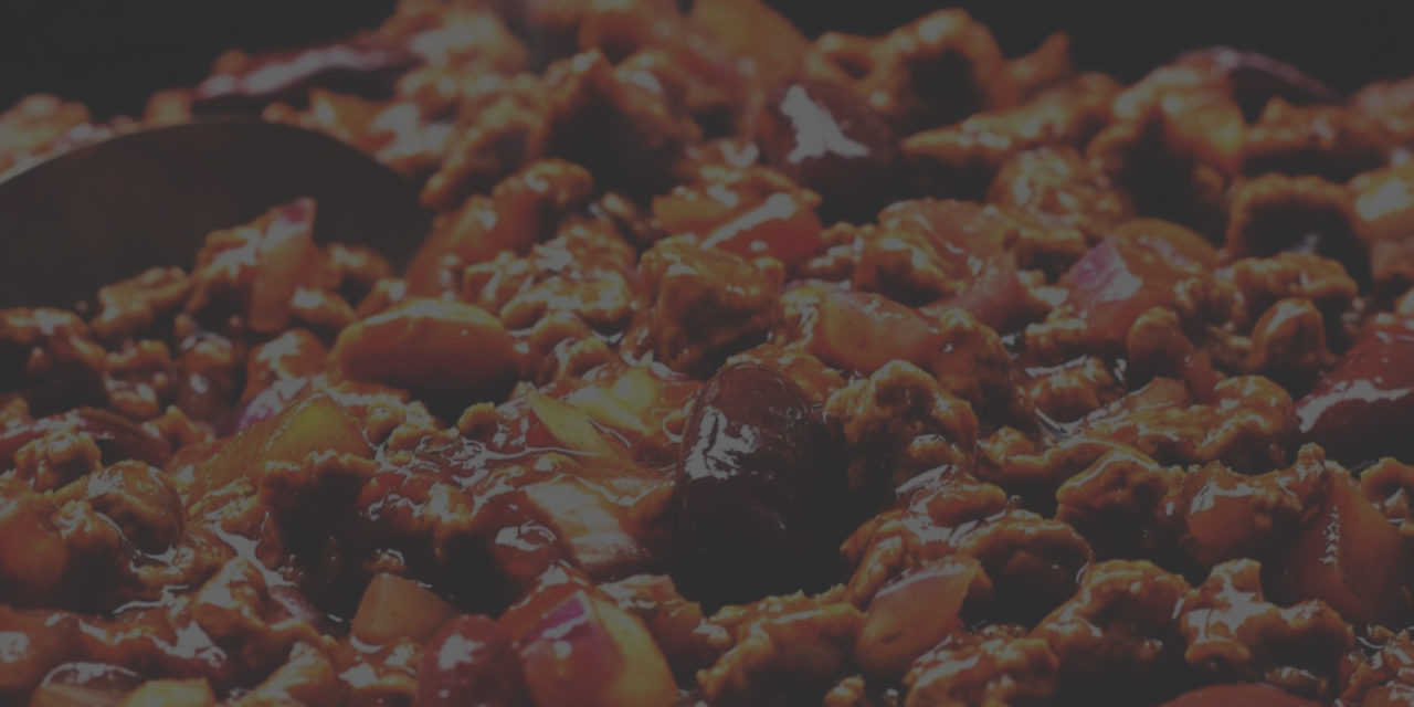 https://straightlinekitchens.com/wp-content/uploads/2018/10/chilli-mince-recipe-web-1280x640.jpg